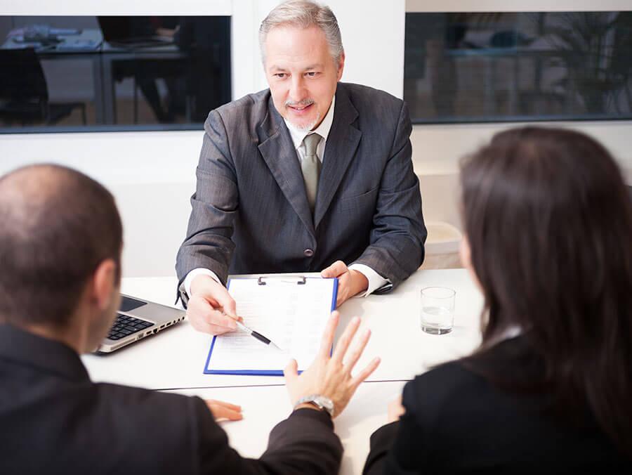 Aumento contratación de préstamos online y disminución de oficinas bancarias