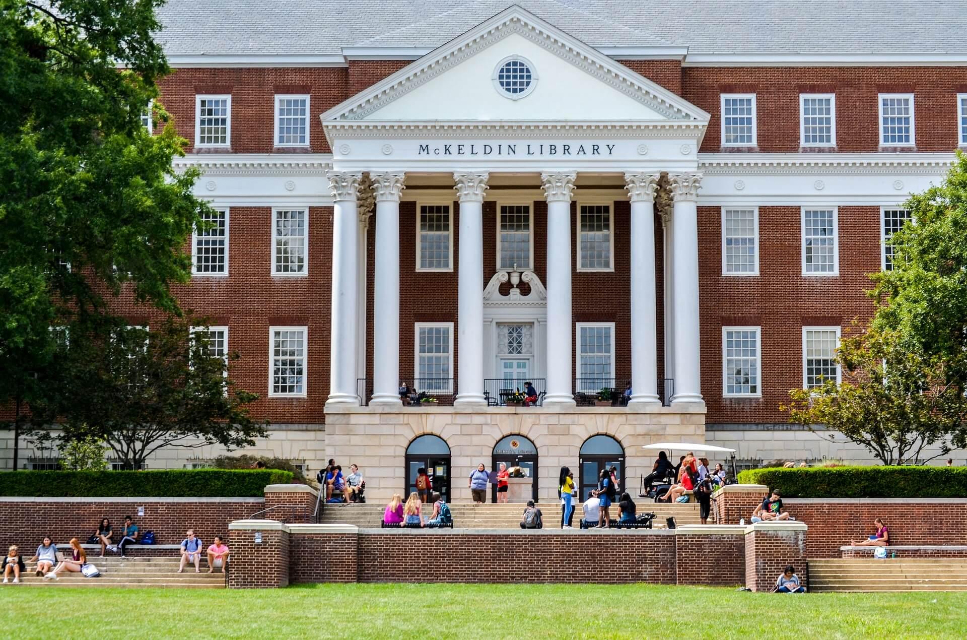 Pasos para contratar los préstamos de estudiantes